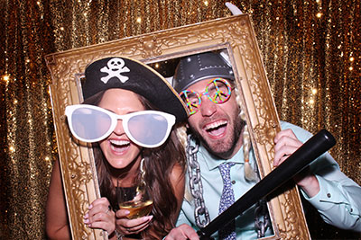 photo booth rental for a wedding. Snap Me Crazy Photobooths specializes in top notched photo booth, high qualithy photo strips, and a scrapbook with every package rent at an affordable price. Serving OKC, 0klahoma, edmond, norman, guthrie, stillwater, yukon, lawton, chickasha, shawnee, and other oklahoma city metro towns.