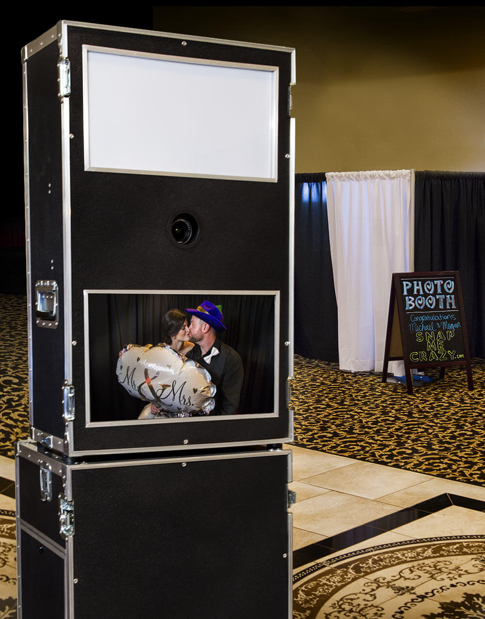photo booth at wedding reception oin Oklahoma City, Oklahoma